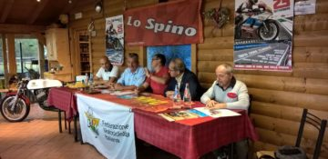 conferenza-stampa-spino-in-moto